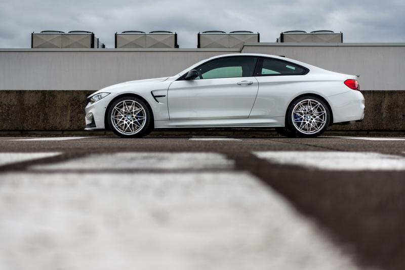 BMW M4 Coupe Tour Auto Edition 3