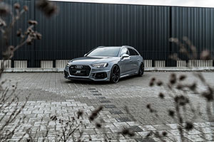 07 ABT RS4 front intr