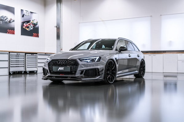 ABT RS4 R 2018 2