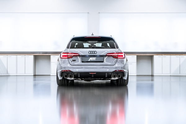 ABT RS4 R 2018 3