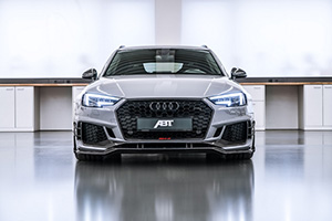 ABT RS4 R 2018 intr