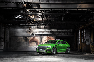 ABT RSQ8 R green HR23 building front diagonally