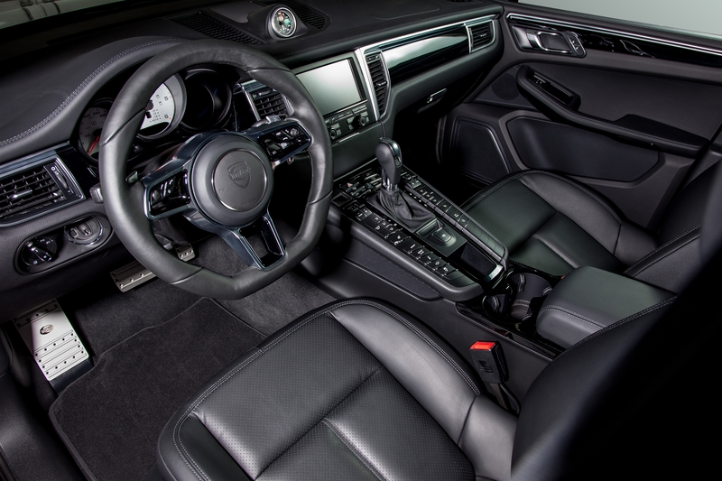 TECHART Interior for Porsche Macan 3